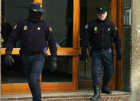 Detienen en Ceuta a 8 personas de una célula islamista que llevaba combatientes a  Siria