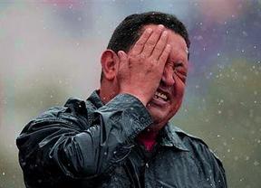 Un mes sin Chávez: cientos de personas se concentran en Caracas para homenajear al presidente muerto