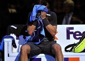 El mejor Federer humilla al peor Nadal: le 'apaliza' y hasta le hace un rosco en el segundo set