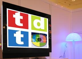 El Ministerio de Industria pide a las televisiones que reduzcan sus canales de TDT