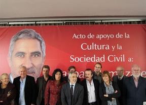 Los de la 'ceja' se pasan a la izquierda (real): personalidades de la cultura piden el voto para Llamazares
