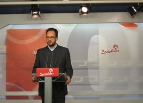 Hernando (PSOE) llama