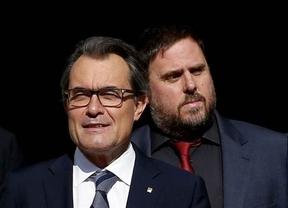 Mas quiere rehacer el consenso político y Junqueras le exige la convocatoria de elecciones