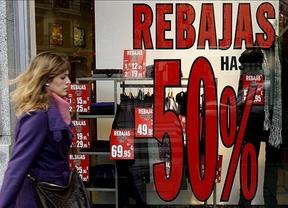 Ahorro extremo en rebajas: el gasto de las familias españolas se ha reducido hasta los 65 euros de media