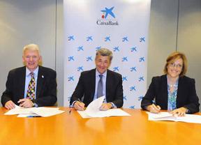 CaixaBank llega a un acuerdo con la Universitat Pompeu Fabra y con el CISI para certificar la formación de sus directores y gestores de banca personal