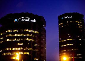 La banca española ya tiene 'ganador' oficioso: Caixabank, 'Banco del año 2013'