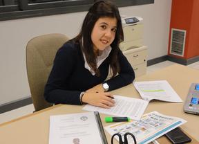 Una alumna de la UCLM es distinguida por la Fundación Rodolfo Benito Samaniego