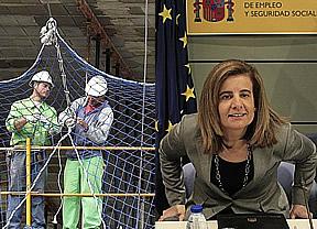 El Gobierno, dividido ante la forma de prorrogar la ayuda de 400 euros a parados