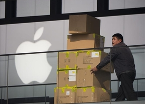Sólo Amazon ganó a Apple en ventas online en 2013