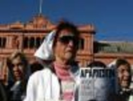 Las Madres de Plaza de Mayo celebraron sus 30 años de lucha con un multitudinario acto