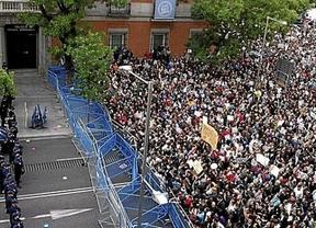 La Coordinadora 25-S ya no irá por las 'buenas': no habrá comunicación oficial del 23-O para Cristina Cifuentes