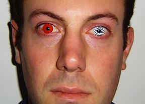 Mucho ojo con las lentillas de colores de los disfraces de Halloween