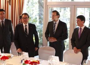 Rajoy y Mas se reencuentran pero siguen enroscados en sus posiciones