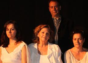 El suave pero duro discurrir de la vida en 'Otoño en Familia' de nuevo en escena