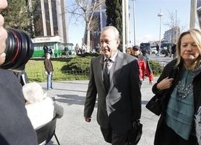 El juez Castro niega que piense citar a Gallardón y aleja la posible imputación de la Infanta