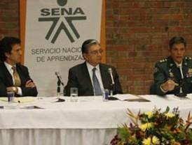 Correa viaja a Cuba para estrechar lazos diplomáticos