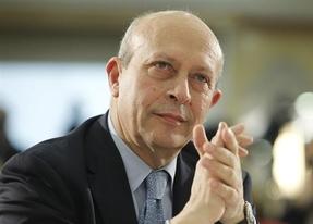 El Ministerio de Educación 'ahorró' 500 millones de euros en becas el curso pasado