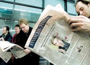 El editor de 'Financial Times' apremia a Rajoy a pedir el rescate porque queda