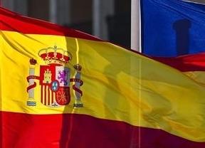España coloca 4.490 millones en bonos a costa de un mayor interés
