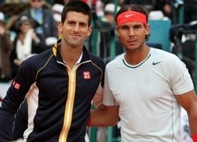 Nadal se aleja del trono mundial, en el que se afianza Djokovic, y peligra su segundo puesto ante Roger Federer