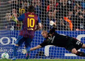 'Champions': de penaltis también vale: dos y un gol de Iniesta meten al Barça en semifinales ante el Milan (3-1)