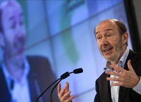 Rubalcaba dice que de los 'ataques de sinceridad' de Rajoy son algo único