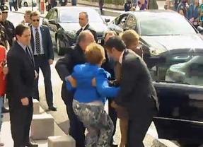 Villalobos saluda a la Reina... con una dura caída
