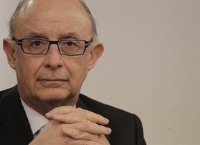 Sólo las autonomías del PP respaldan los objetivos de déficit de Montoro