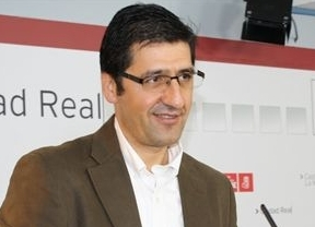 Guerra de 'transparencia': Caballero publicará sus últimas 10 declaraciones de renta
