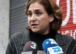 DESC afirma no ser 'la ONG de Ada Colau', aunque admite que sí trabaja en ella
