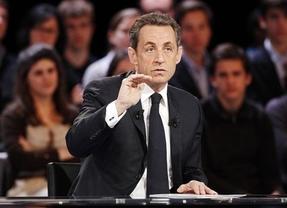 Sarkozy, duro con ZP: le culpa de que España pague el doble por las emisiones de deuda pública