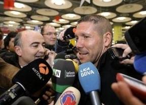 Simeone aterriza en la capital para coger las riendas del Atlético de Madrid