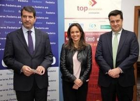 Alcalde (dcha.) junto a Ana López-Casero y Manuel Madruga