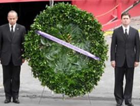 Peña Nieto, contenderá con Cordero o Lujambio y Ebrard y AMLO