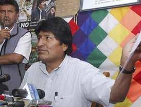 Chávez aprovecha el terremoto para hacer propaganda