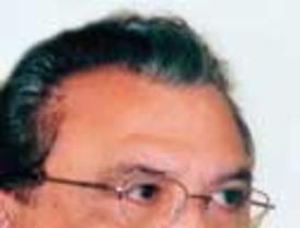 Oposición no pudo sacar a Alva Castro del gabinete