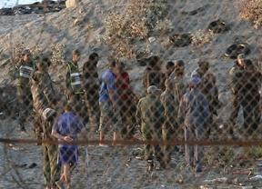 La Agencia de Fronteras de la UE insiste en que no puede ayudar en Ceuta y Melilla hasta que el Gobierno lo pida