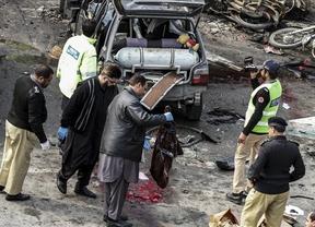 Dos atentados suicidas contra dos iglesias de Pakistán dejan al menos 14 muertos y cerca de 70 heridos