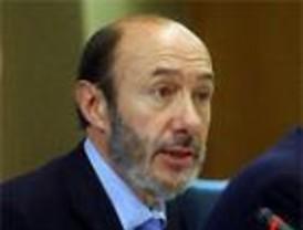Rubalcaba pide al PP que admita, como Bush y Blair, su