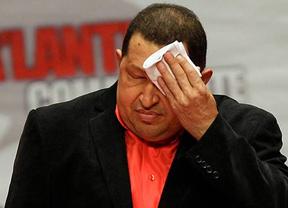Chávez empeora: el régimen venezolano admite que su presidente está en un estado