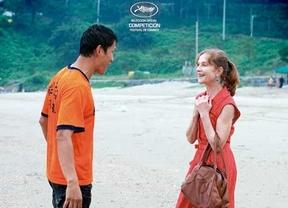 'En otro país': Isabelle en la playa
