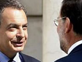 Con Zapatero crecido y Rajoy confiado, se cierra en falso el debate de sucesión en el PSOE