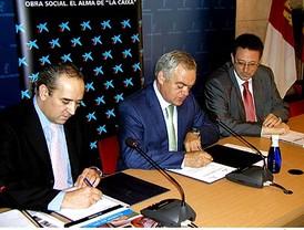 Espino busca acercamiento con Fidel Castro y Hugo Chavez