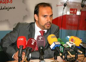 Pablo Bellido reconoce que apoyar al PP al frente de los municipios ribereños fue un