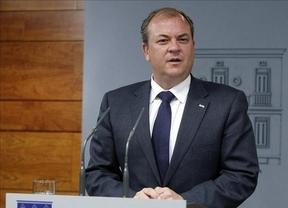 El extremeño Monago sí se atreve a pedir a su jefe Rajoy nuevos 'Pactos de la Moncloa'
