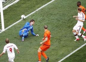 Eurocopa 2012: Dinamarca se aplica en defensa y pegada para superar a una pobre Holanda (0-1)