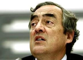 Rosell reclama a Rajoy que implante el polémico contrato único