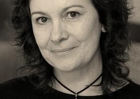 Otra conocida firma de nuestra literatura gana el Planeta: Clara Sánchez, con 'La dama del hechizo'