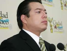 Cayo Lara presenta al Rey el camino hacia la III República