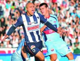Monterrey consiguió su primera victoria al superar 1-0 a Atlante